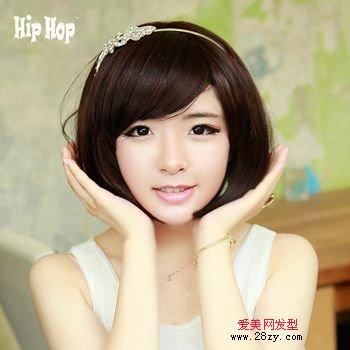 齐刘海的短发带什么发箍好看 圆脸刘海发型合适带什么